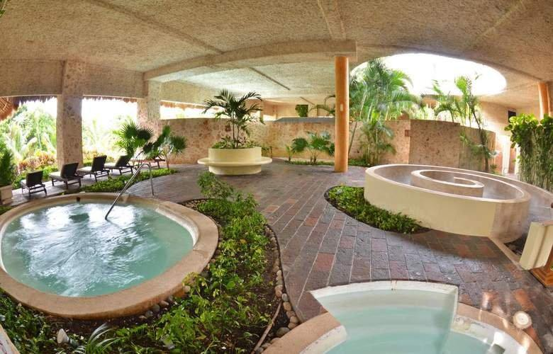 Grand Palladium Colonial & Kantenah - Riviera Maya, Mexic